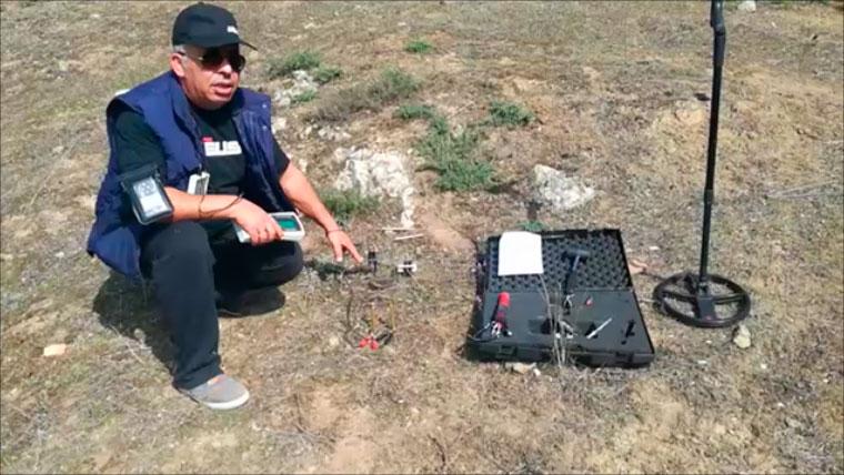 Ο Γιώργος Τσιαρδακάς παρουσιάζει το συνδυασμό που βρίσκει τα αρχαία ευρήματα. Οι ανιχνευτές μετάλλων SPECTRA & XP DEUS